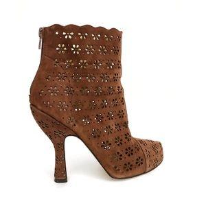 Hale Bob Laser Cut Leather Ankle Boots 7.5 Brown
